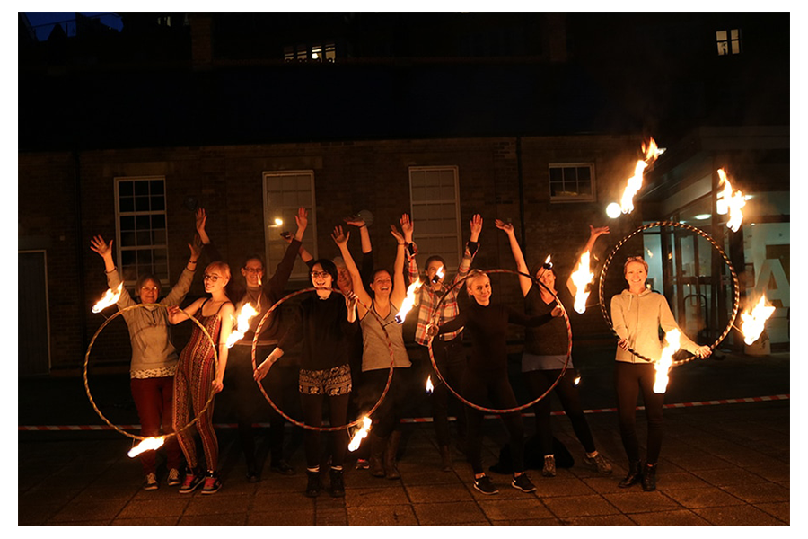 fire-hula-hoop-team-workshop