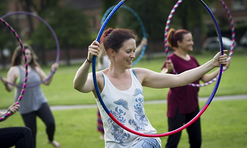health-benefits-of-hula-hooping